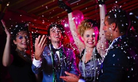 article_New-Years-Eve-Party_1